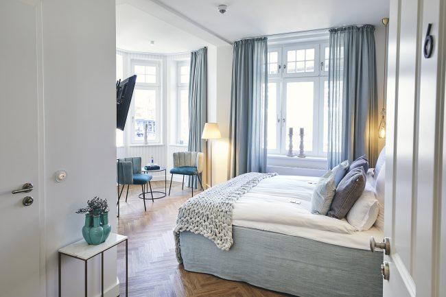 Romantic tower room